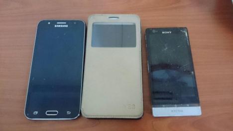 3 handphone